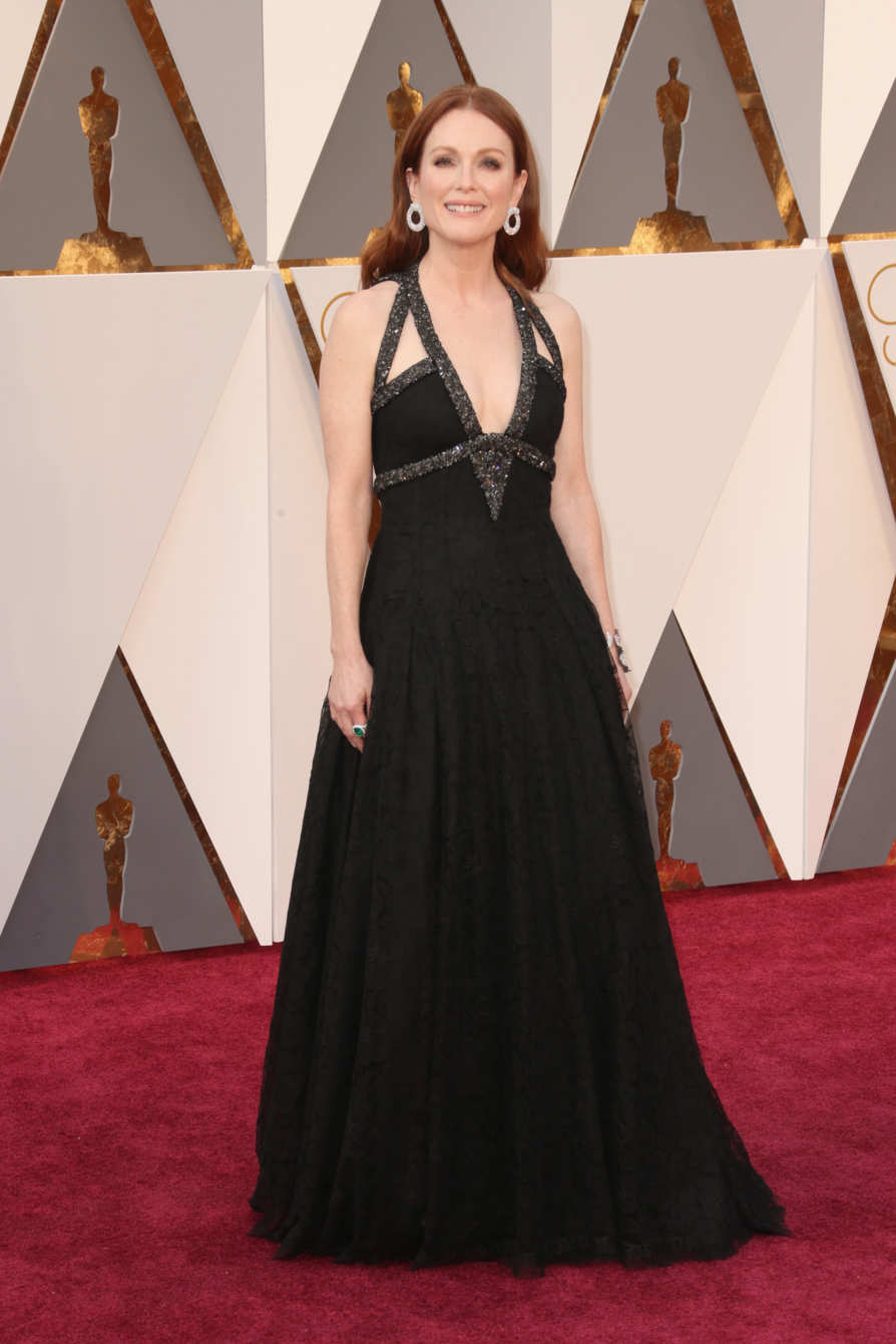 Julianne Moore in Chanel Source: instyle.com Photo: Getty Images
